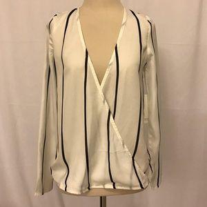 🌼5/$25 Sale Tobi Sheer White & Black Striped. NWT